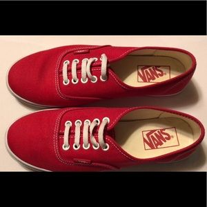 Used like new vans shoes . Size men 5.5/ women 7
